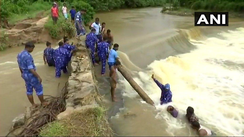 Kerala Flood Relief Donation | देश को मदद की जरूरत है 3